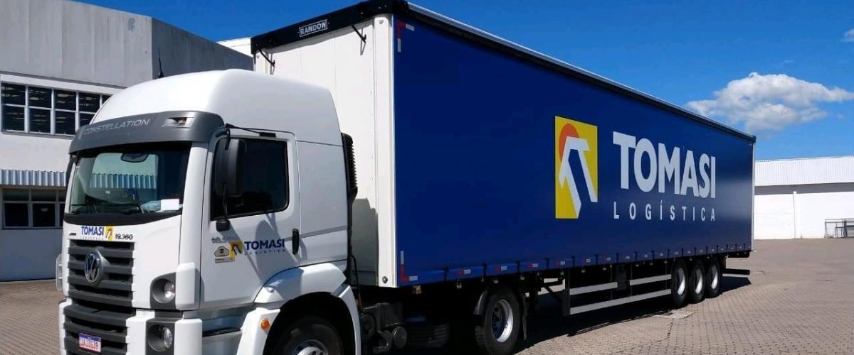 Tomasi Logística aposta em carretas Mega Sider para clientes com grande volume de cargas